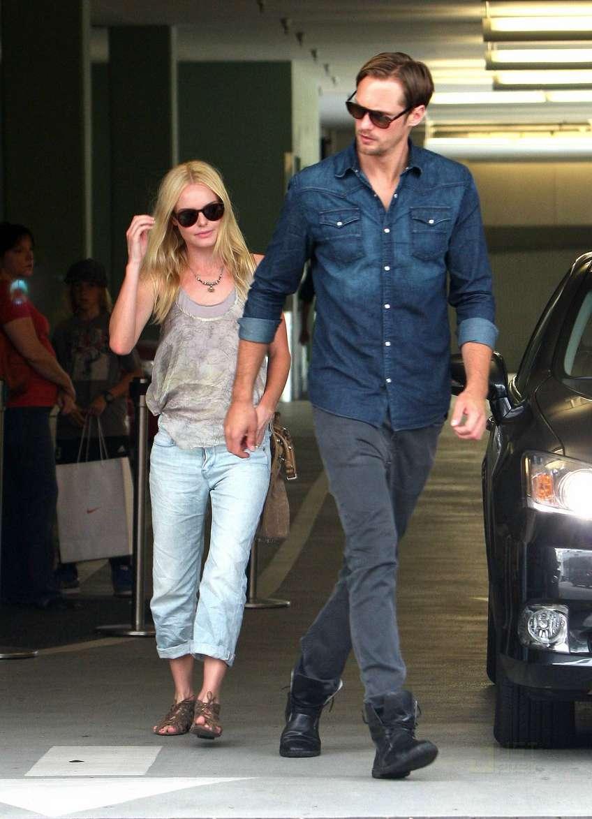 Alexander Skarsgaard and his ex-girlfriend Kate Bosworth (Photo: Just Jared).
