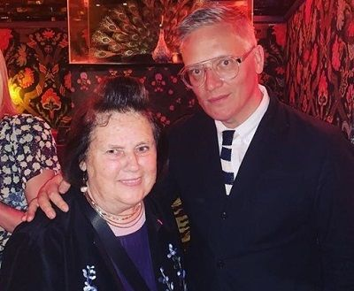 Giles deacon and mother