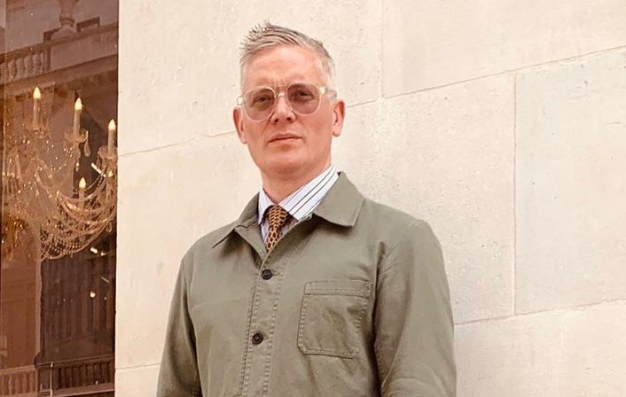 Giles Deacon Height, Wife, Girlfriend, Net Value, Parents