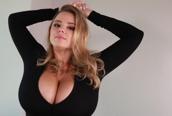 Vivian Blush Model Wiki, Age, Bio, Instagram, Family, Net Value & More